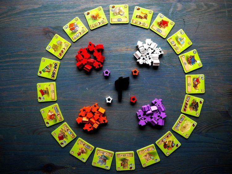 Little Town Reseña - juegos de mesa
