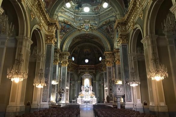 Vista interna de la Basílica
