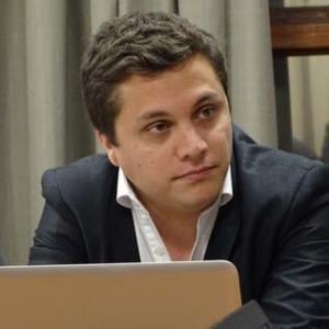 Abg. Santiago Barrera Capdepón
