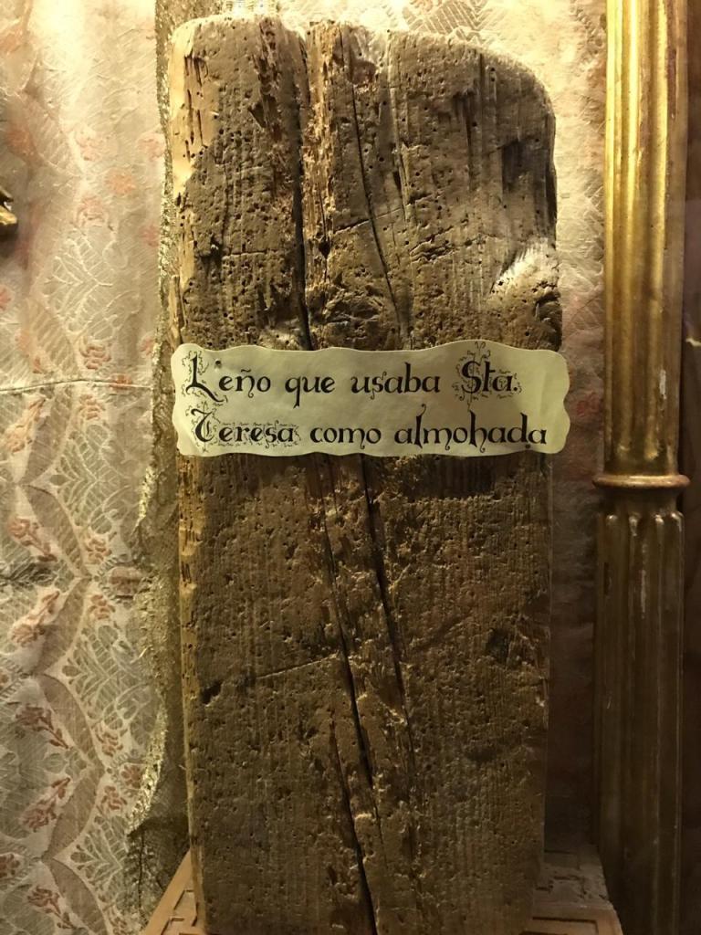 Leño usado por Santa Teresa como Almohada