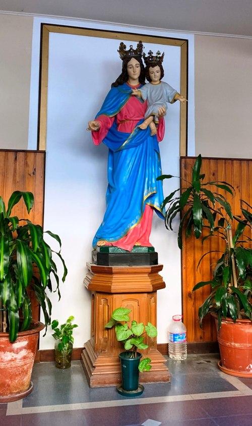 Imagen de Maria cercana al despacho del Padre.