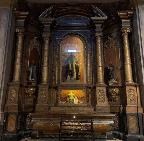 Altar lateral San Martin de Porres y San Juan Macias Beato Simon de Ballacchi