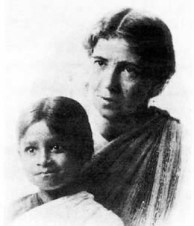 amy-carmichael-and-girl