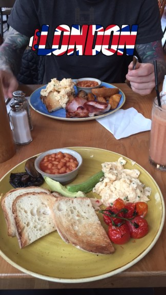 Look at this brunch!