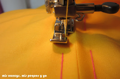mis nancys, mis peques y yo, tutorial DIY funda de cojín sencilla con cremallera y volante, coser cremallera