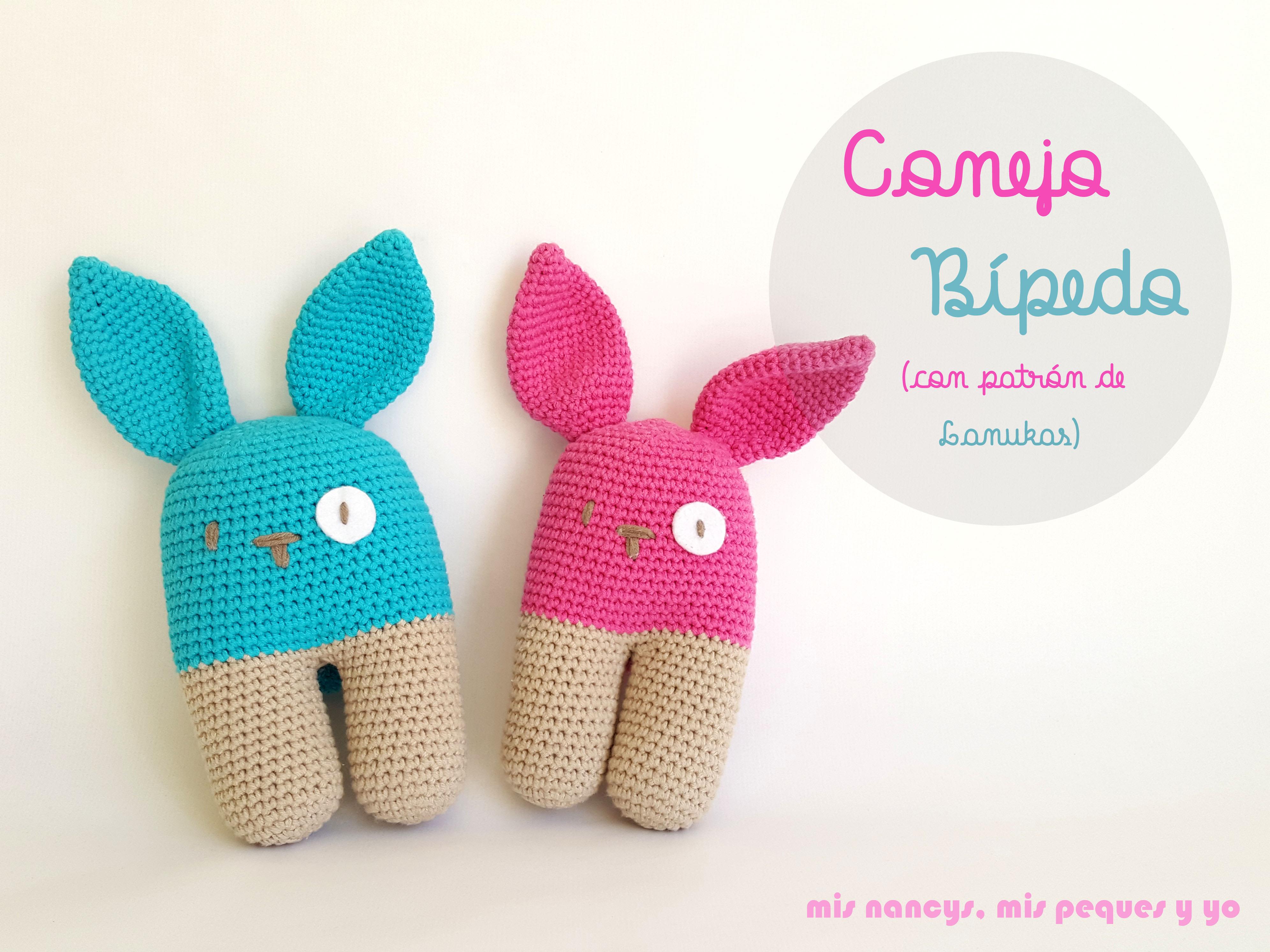 Un conejo bípedo amigurumi, bueno, dos…