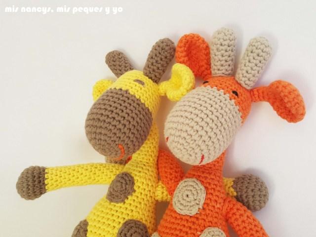 mis nancys, mis peques y yo,pareja jirafa amigurumi, jirafa amarilla y naranja, detalle cabezas