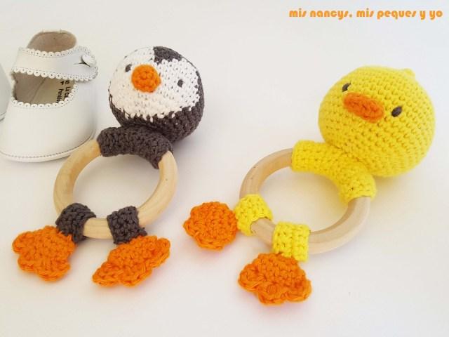mis nancys, mis peques y yo, sonajero mordedor amigurumi patito y pingüino, para bebes