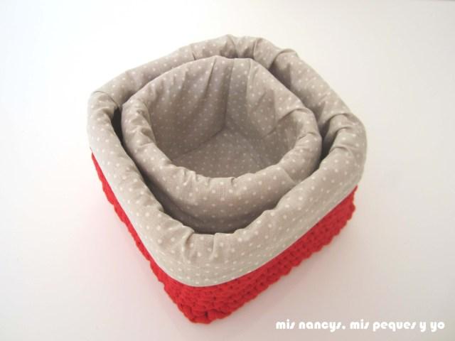 mis nancys, mis peques y yo, juego de dos cestas de trapillo cuadradas con funda de tela, como almacenarlas