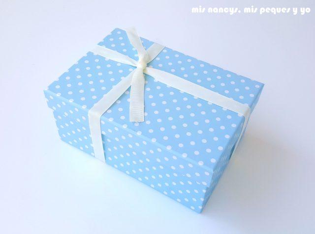 mis nancys, mis peques y yo, manta para bebe en zig zag, caja para regalar