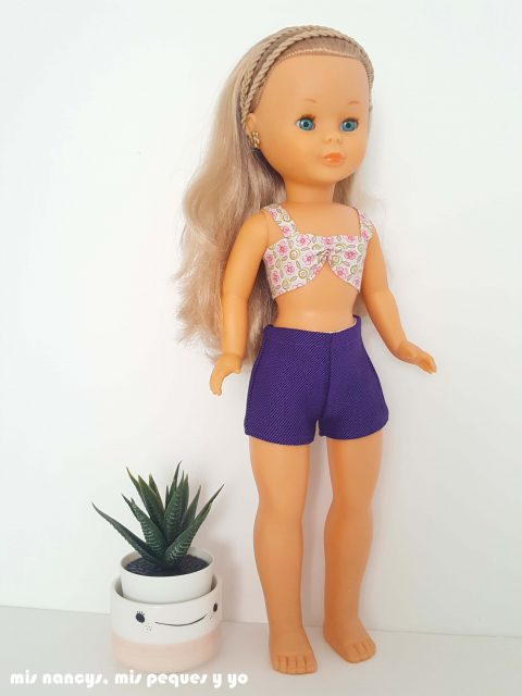 mis nancys, mis peques y yo, tutorial pantalón corto para Nancy, modelo pantalón corto de vestir, parte delantera