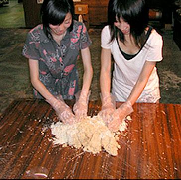 味噌造り体験