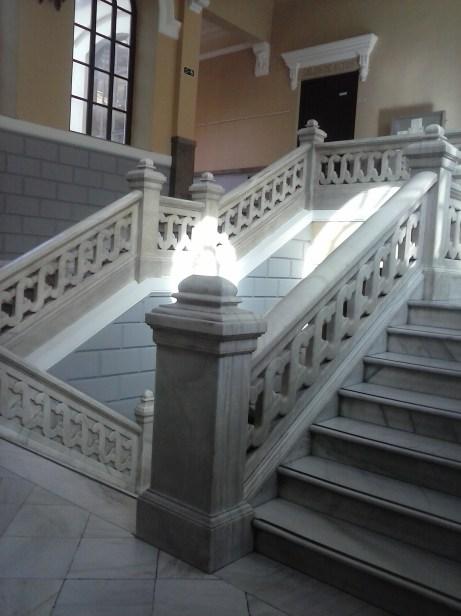Escalera. Instituto Padre Suárez. Granada. Foto: Francisco López