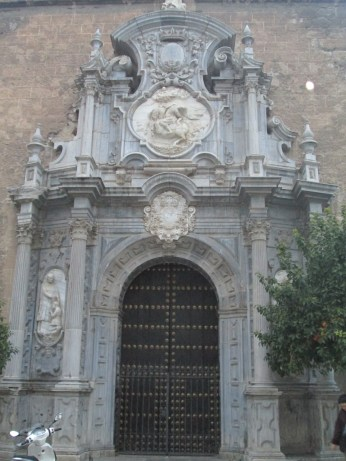 Portada de San Justo y Pastor. Granada. Foto: Francisco López