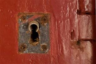 Cerrar puertas 7