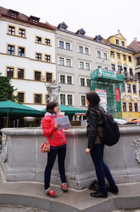 Am Neptunbrunnen in Görlitz. Copyright: Sani und Maggi