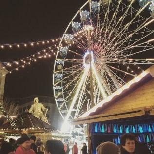 Riesenrad auf dem Weihnachtsmarkt Magdeburg