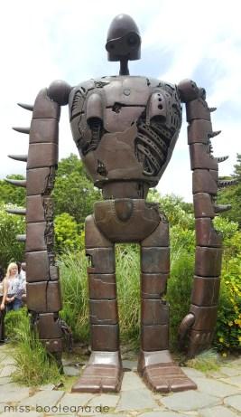 """Der freundliche Roboter bekannt aus """"Laputa - Das Schloss"""" im Himmel im Ghibli Museum"""