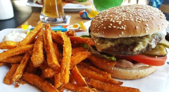2019_08-burger_00