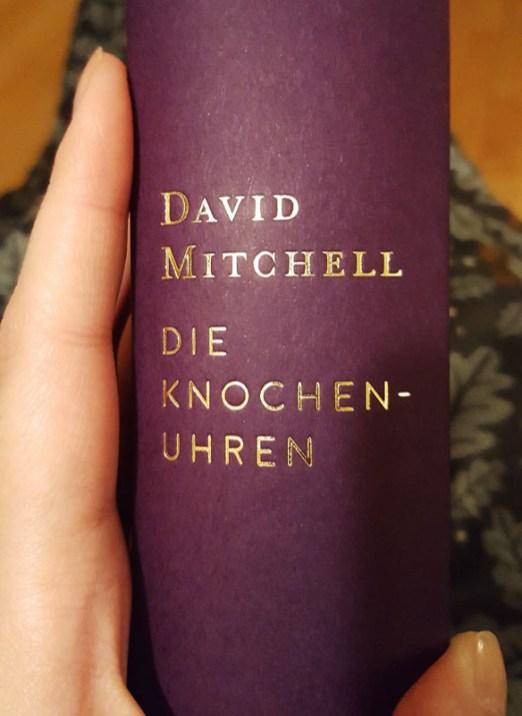 david-mitchell_knochenuhren_00