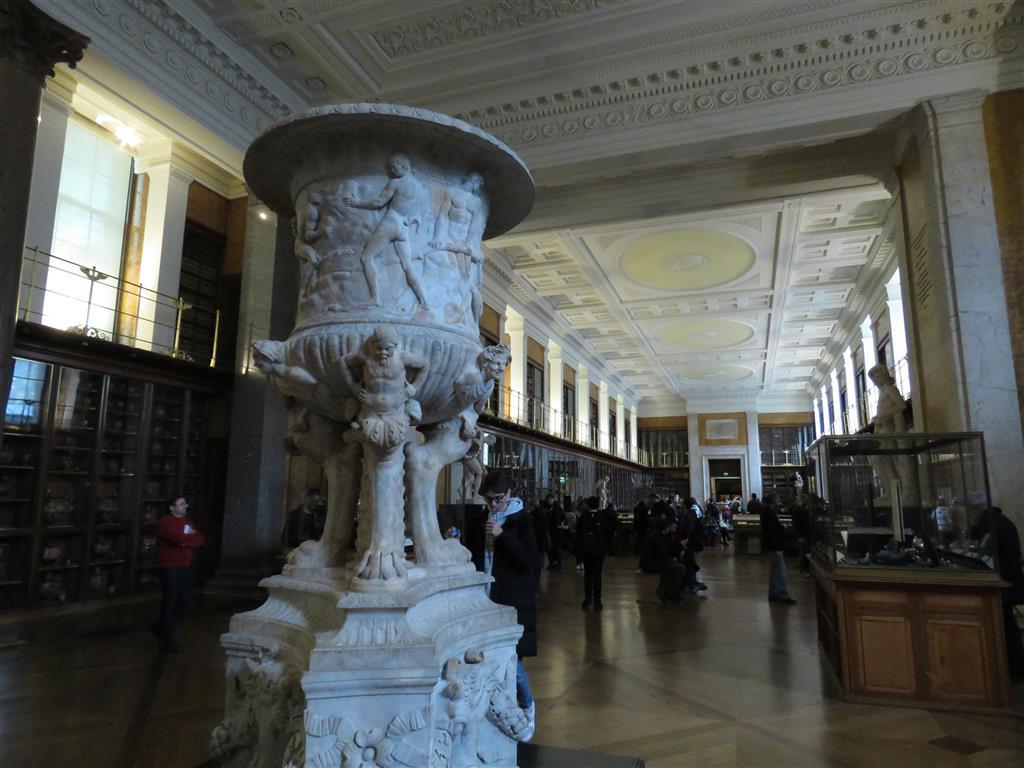 Felix Hall Vase, Enlightenment Gallery, British Museum, London