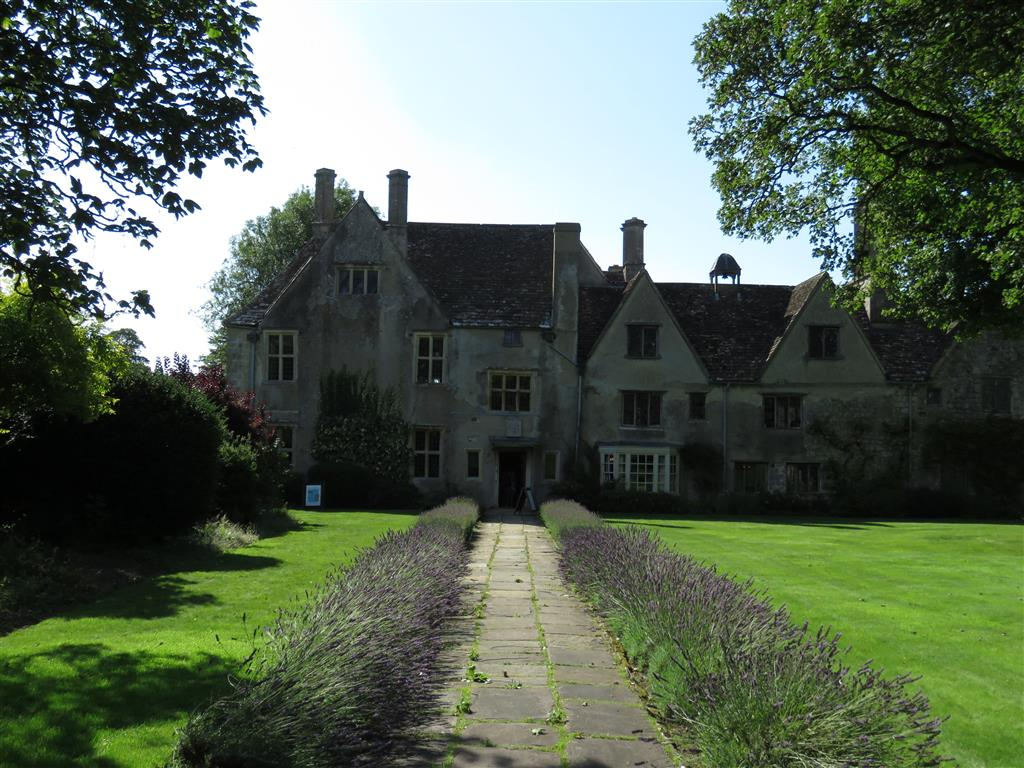 Visiting the National Trust's Avebury Manor, Wiltshire