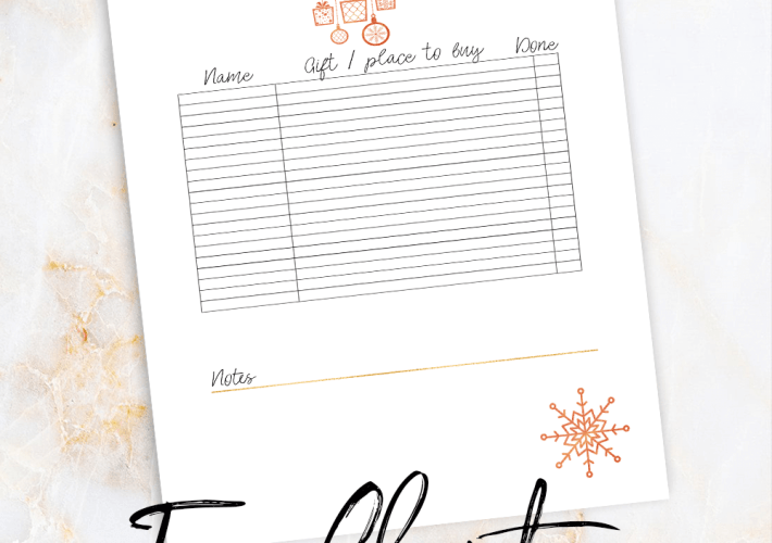 Free printable Christmas shopping list by miss mental | Make your shopping experience easier with this cute shopping list. | xmas | Holiday | Sale | organized | planning | Family | homemaking #christmas #holiday #xmas