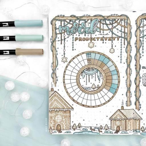 Mood tracker ideas gingerbread winter style