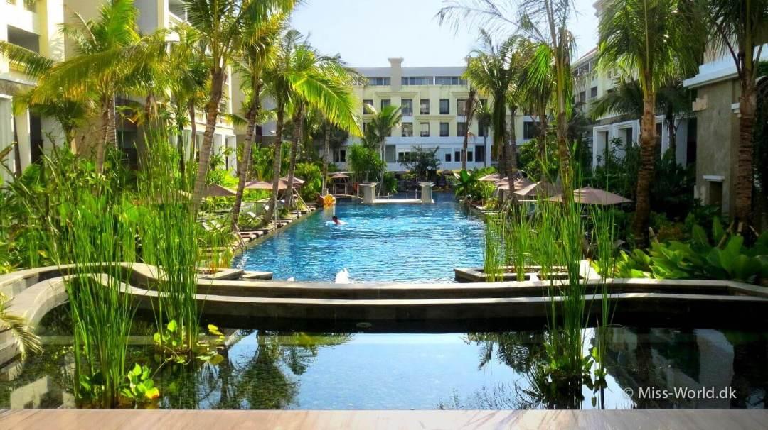 Hotel Swiss-Belresort Watu Jimbar Sanur Bali - Pool view