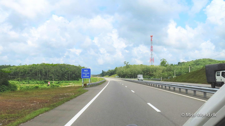 The Southern Expressway, Sri Lanka
