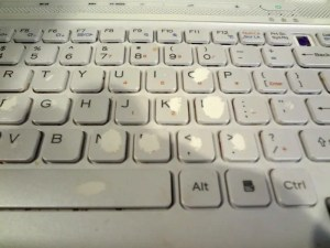 Old Sony Vaio - Worn Out Keyboard
