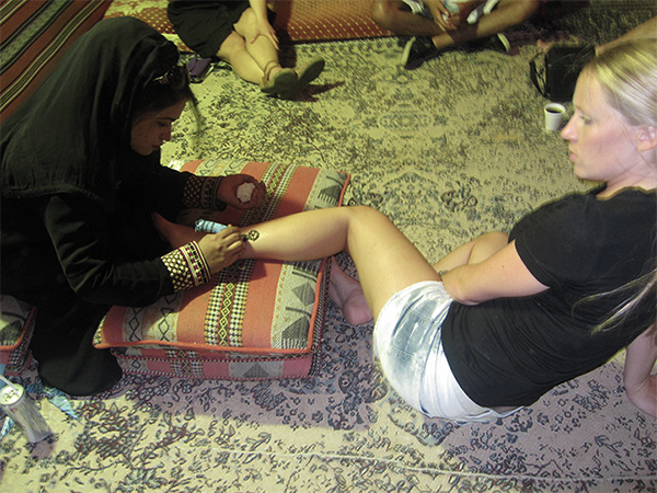 Being-a-Tourist-Henna