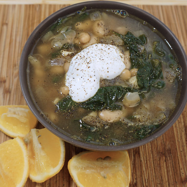 White-Bean-Spinach-Comfort-Soup(4)