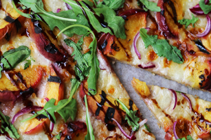 pizza peaches arugula