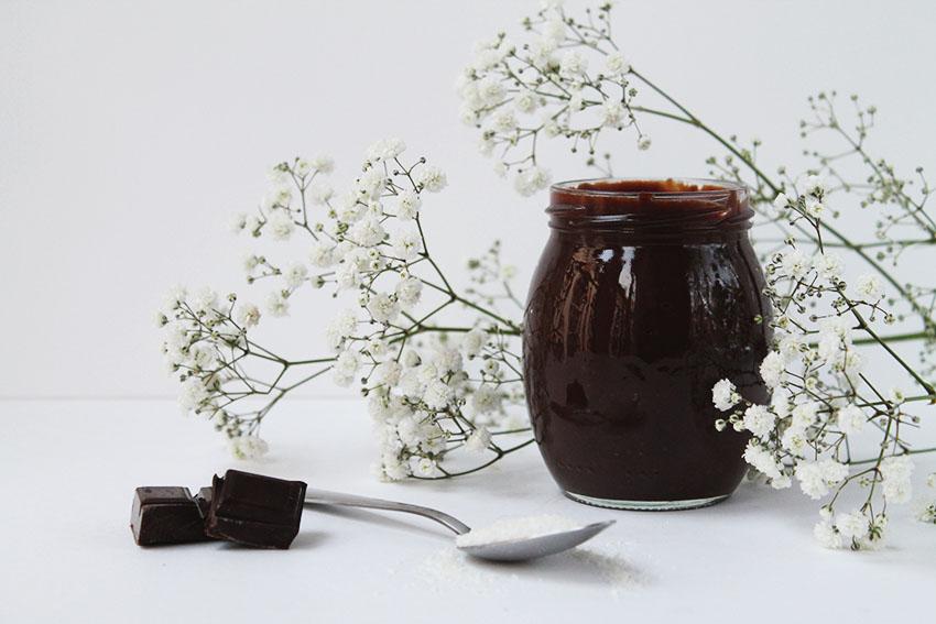 Une pâte à tartiner coco et chocolat - Cuisine - Miss Blemish