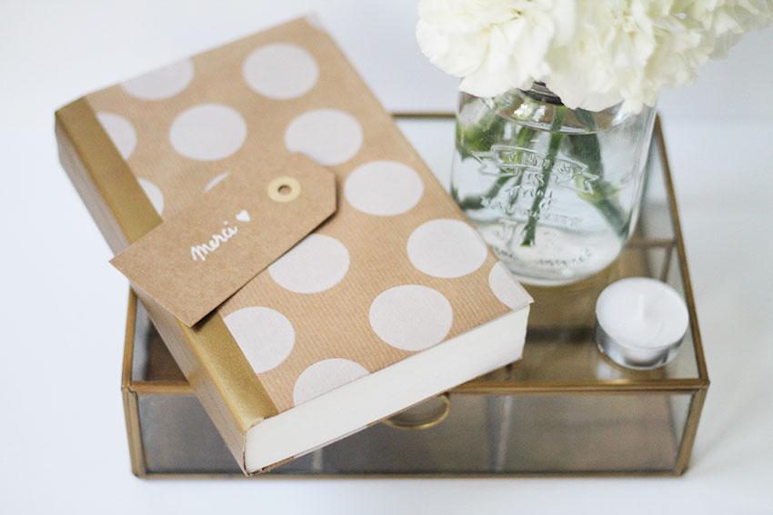 DIY Une jolie couverture pour vos livres préférés - Noël - déco - Miss Blemish