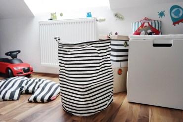 Kinderzimmer Junge rot schwarz weiß einrichten