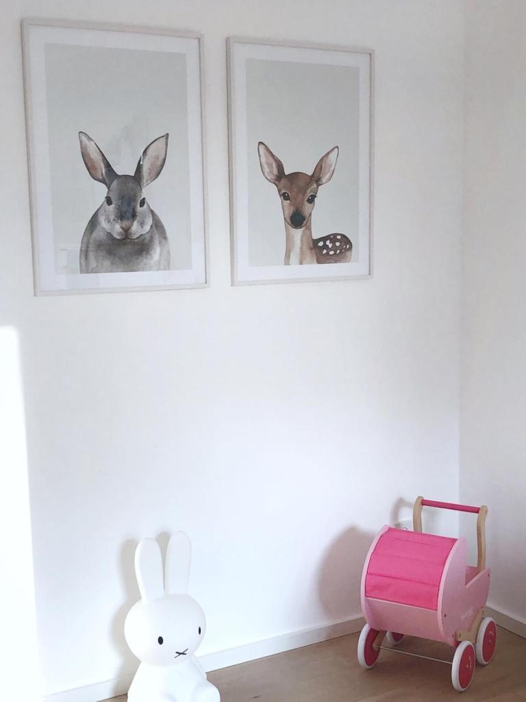 Bilder im Mädchenzimmer