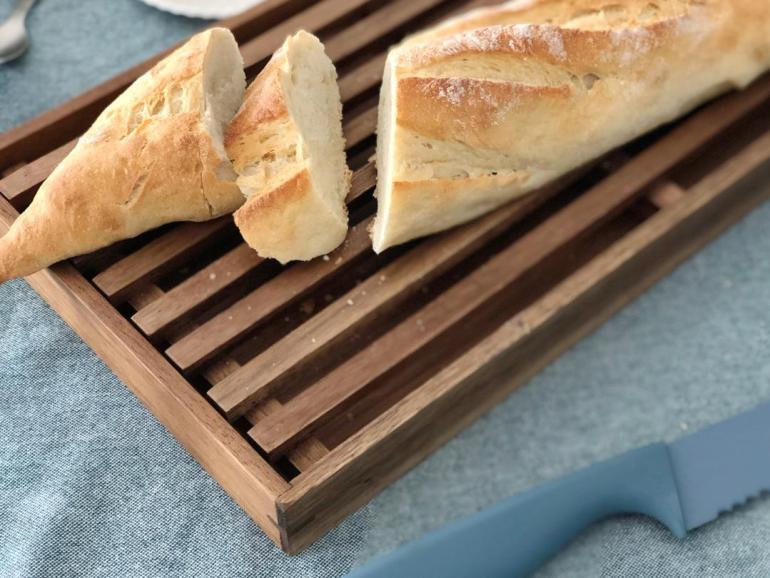 Schneidebrett Brot