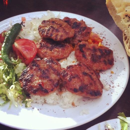 divan kölnstraße bonn grillteller restaurant