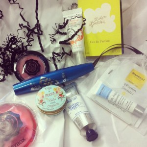 Glossy Box Dezember 2012 (2)