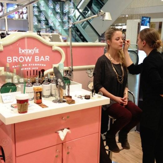 Benefit Brow Bar Waxing Augenbrauen Düsseldorf Erfahrung