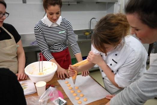 Dehly & DeSander Patisserie Bonn Backkurs Macarons Bloggerevent Bonn