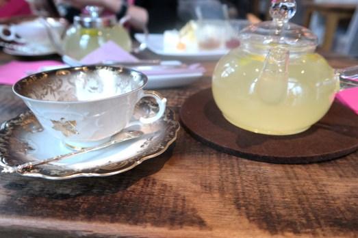 first flush bonn marktplatz frühstück erfahrung Samstag bonn kuchen innenstadt blog  cafe Tee teestube