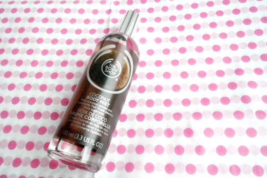 MissBonnebonne Beauty-Lieblinge Bonn Blog Beautyblogger_de Body Shop Coconut Body Mist Bodyspray
