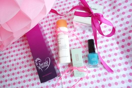 Muttertag Gewinnspiel M Asam Clinique Hema Nagellack Parfum MissBonneBonne Bonn Beautyblogger_de
