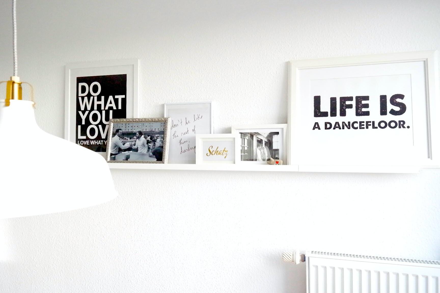 im bilderwahn missbb verliebt in wand collagen. Black Bedroom Furniture Sets. Home Design Ideas