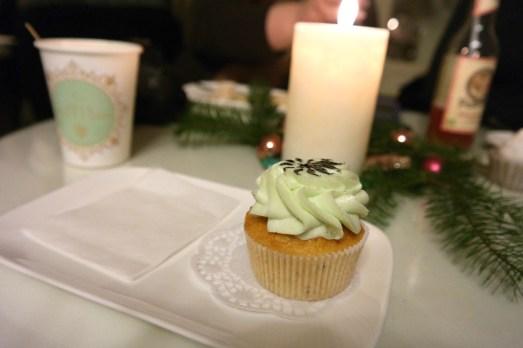 Yupik Bloggertreffen Event Bloggerevent Weihnachten Köln Beautyblogger_de Beautyblog November 2014 MissBonneBonne  LePomPom Cupcakes