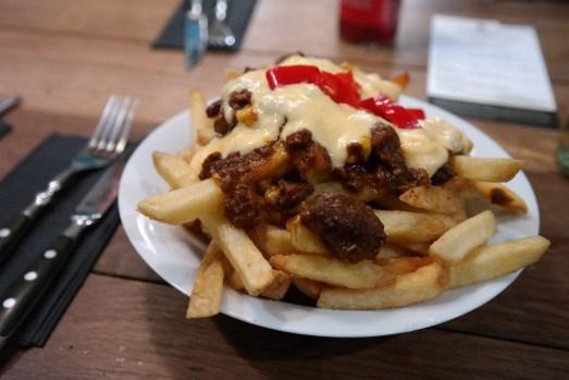 Burgermanufaktur Bonn Frankenbad vegan glutenfrei burger vegetarisch pommes außergewöhnlich fritz cola abendessen mittagstisch