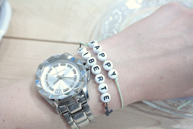 Evalis Kostbarkeiten Workshop Bonn LeShop Schmuck selbst machen Armband Armcandy Buchstaben mit Name
